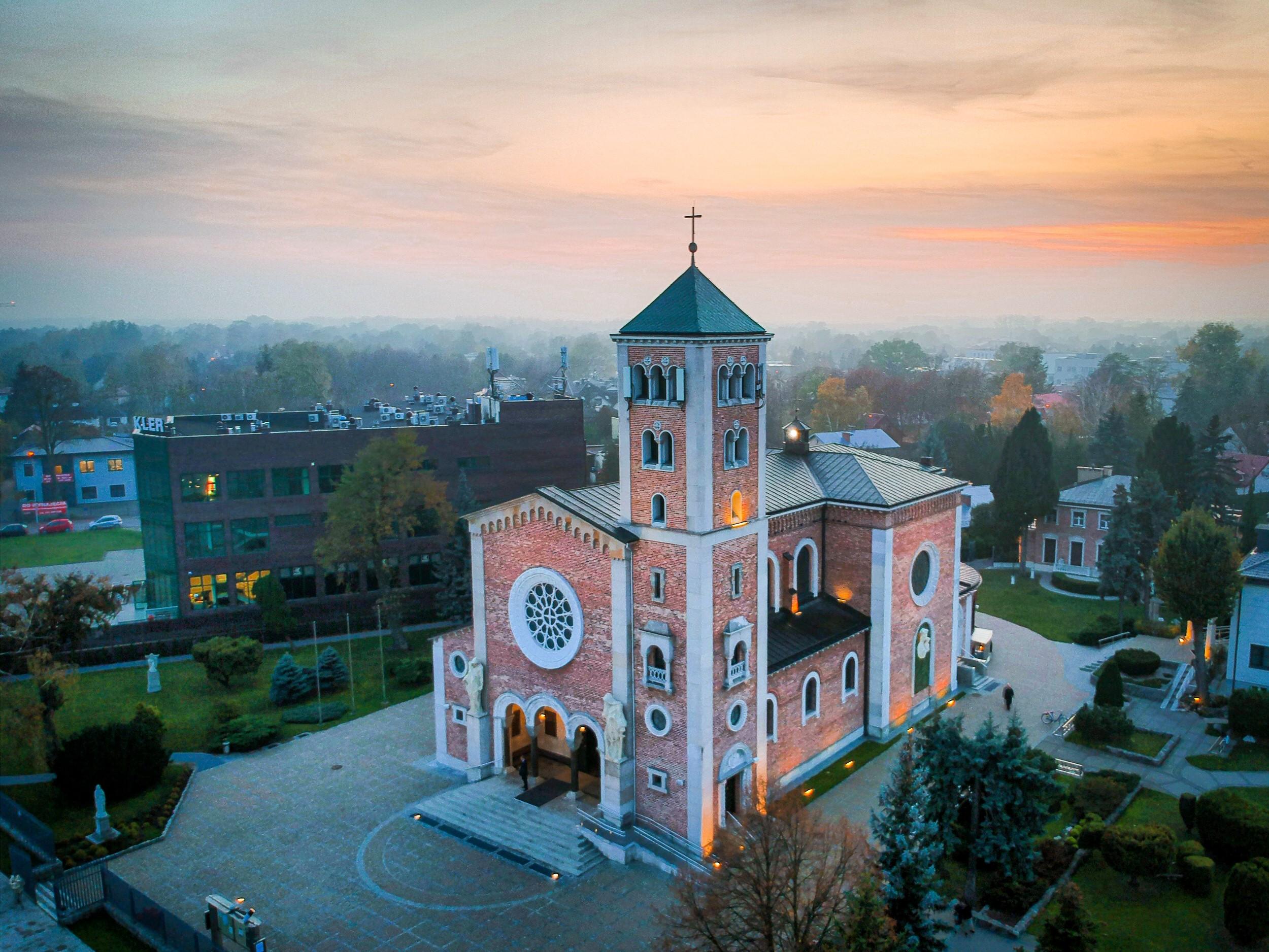 Parafia Rzymskokatolicka świętych Apostołów Piotra i Pawła w Warszawie